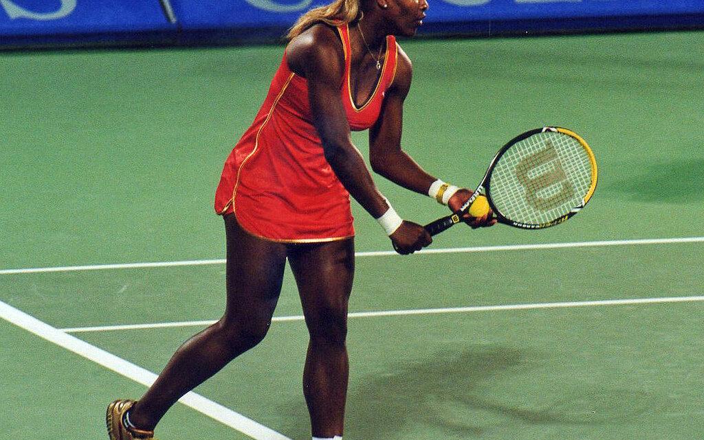 Sie ist hinsichtlich der Grand-Slam-Erfolge im Einzel die erfolgreichste Tennisspielerin der sogenannten Open Era seit 1968.[1] In ihrer Karriere gewann sie bislang 23 Grand-Slam-Turniere im Einzel, 14 im Doppel und zwei im Mixed. Foto Wikipedia