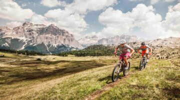Mountain Bike in Alta Badia. (PHOTOPRESS/Alta Badia/Manuel Sulzer)